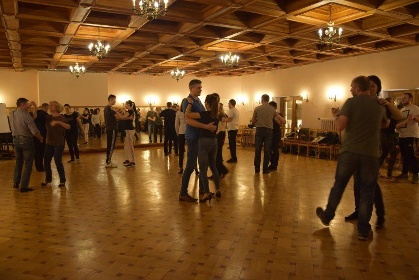 Kurs Tańca Towarzyskiego w Halinowie